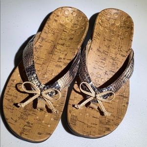 Vionic Snakeskin/Cork Look Sandals EUC